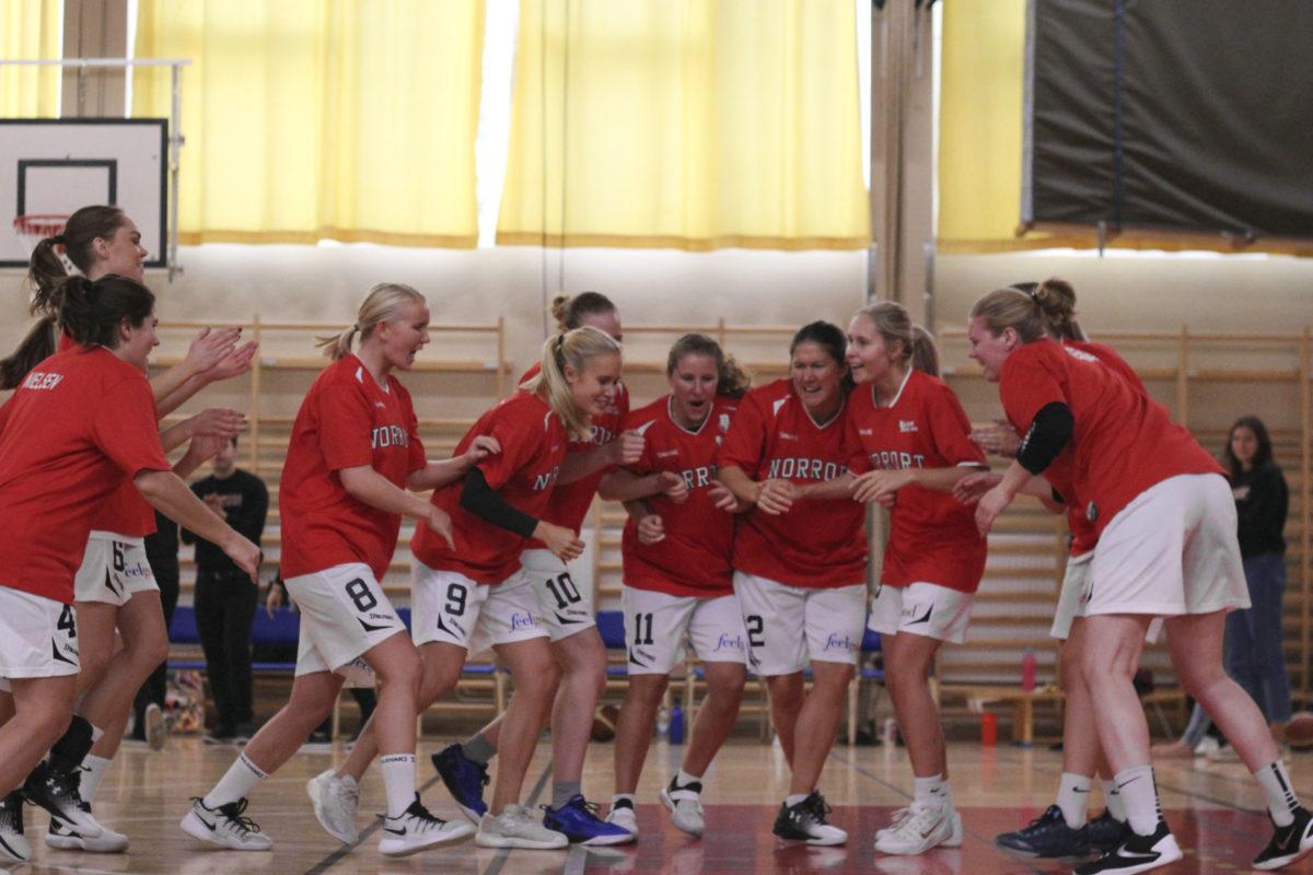 Dam: Halvtid i basketettan-säsongen 2017/2018